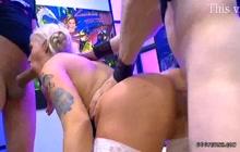 Daisy lee fucks with german cocks